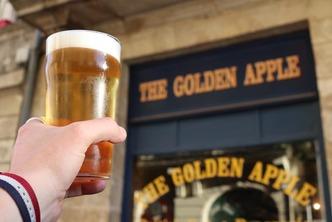 Venez fêter les 30 ans du Pub Golden Apple